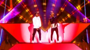 X Factor Final: Reggie 'N' Bollie sing Forever Young